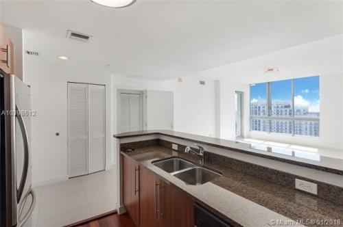 300 S Biscayne Boulevard Photo 1