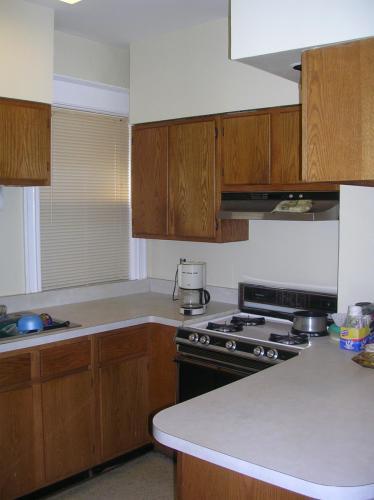 662 Myrtle Avenue Photo 1