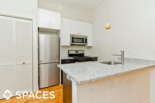 751 53 buckingham apartments chicago il hotpads - 4 bedroom apartments lakeview chicago ...