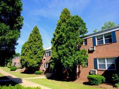 0001 1814412952 large - Douglass Gardens Apartments Somerset Nj Reviews