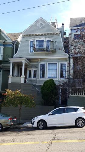 1382 Masonic Avenue #3 Photo 1