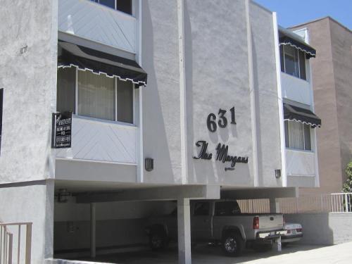 631 E Palm Ave Photo 1