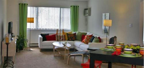 Sugar Hill Apartments Photo 1