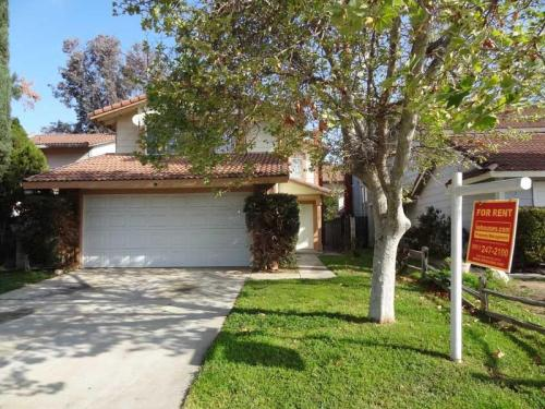 23284 Breezy Way Photo 1