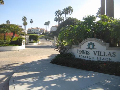 106 Tennis Villas Photo 1