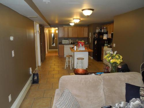 Greylock rd, $2300, Heat and Hot Water, Electri... B Photo 1