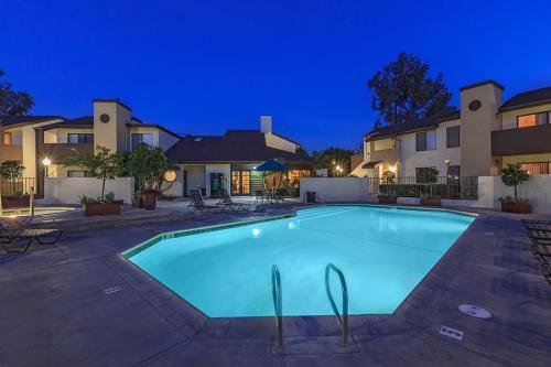 The Landing at Long Beach Apartment Homes Photo 1