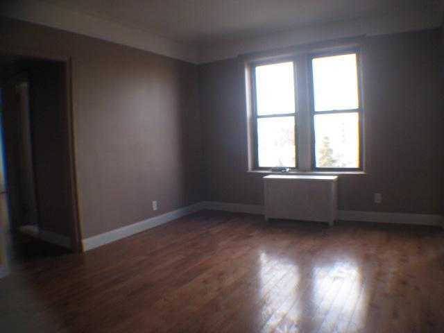 Renovated 1BR condo for rent in Jackson Heights. Apt 4G Photo 1