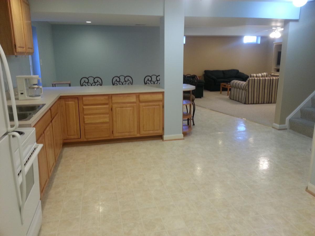 basement apartment for rent.  206 Hiddengrove Court Ashburn VA 20147 HotPads