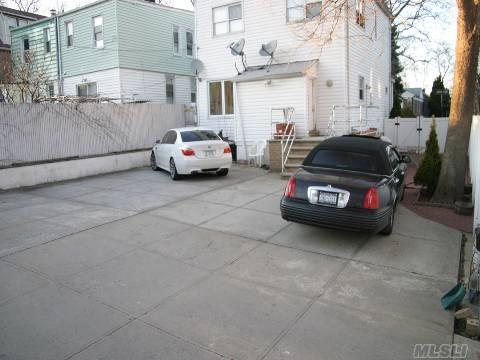 138-64 Hoover Avenue Photo 1