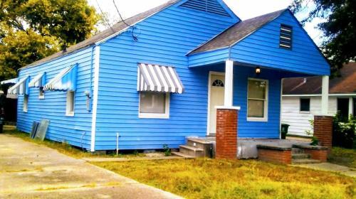 4710 Vernon Street Photo 1