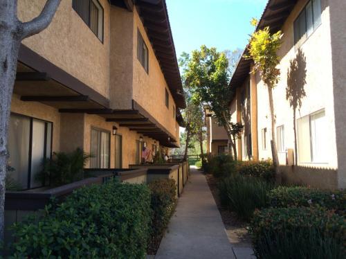 10829 Del Norte Street Photo 1