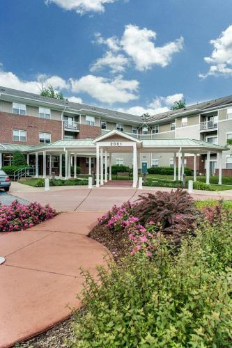 Potomac Woods Senior Apartments Photo 1