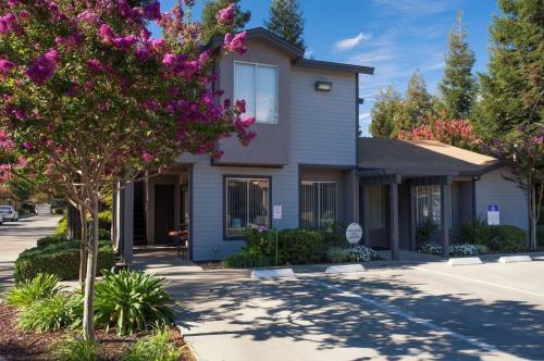 Arbor Manor Senior Cottages - 55+ Community Photo 1
