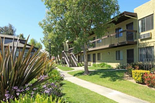 Heritage Park Alta Loma Senior Apartments 55 + Photo 1