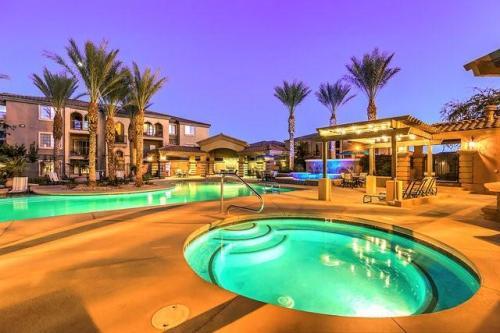 Montecito Apartments Photo 1