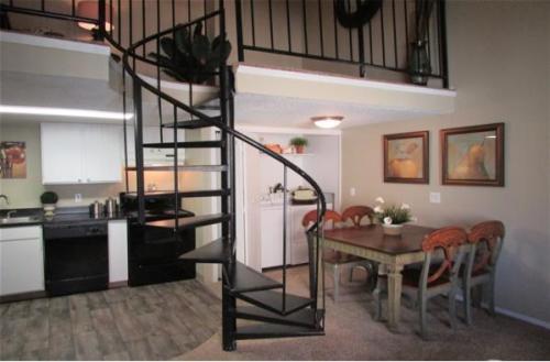 Layton Meadows Apartments Photo 1