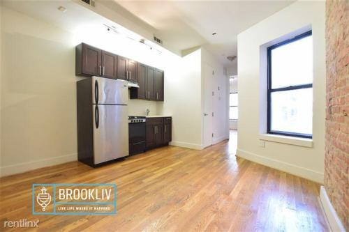 12553 Lincoln Ave Photo 1