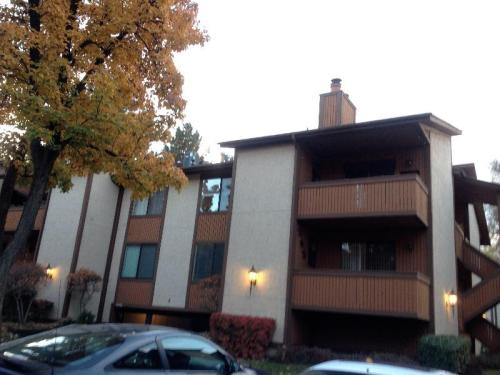 6858 Countrywoods Circle #G4 Photo 1