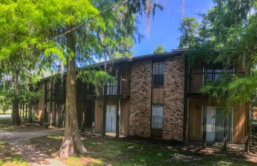 Grandwood Apartment Photo 1