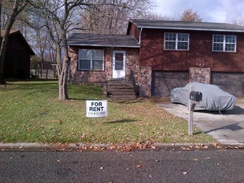 504 Red Bud Ln A Photo 1