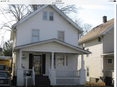 1131 W 5th Street Photo 1