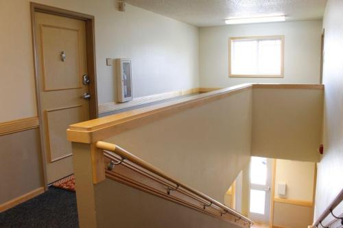 Lakeville Court Apartments & Townhomes Photo 1