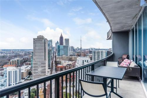1080 Peachtree Street #2808 Photo 1