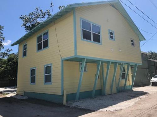 752 Jasmine Terrace S Photo 1