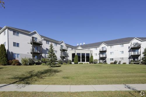 Dakota Park Apartment Homes Photo 1