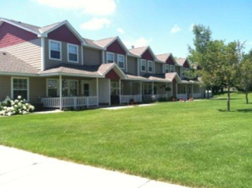 Countryside Townhomes Photo 1