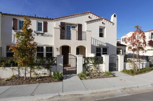 IMT Rancho Serrano Townhomes Photo 1