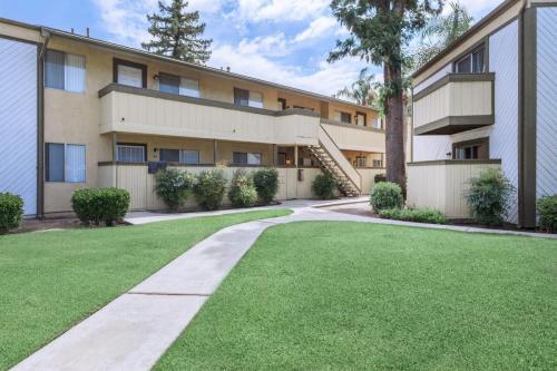 Bridgemont Terrace Photo 1