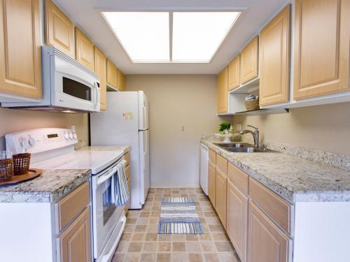 9455 SW 146th Terrace #4 Photo 1