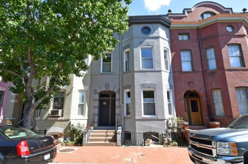 217 Morgan Street Photo 1