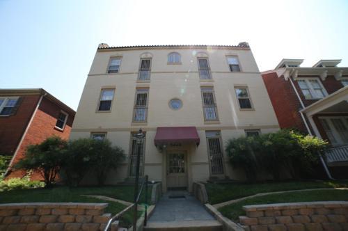 3123 W Grace Street #4 Photo 1