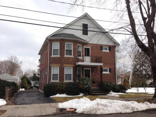 341 Oak Street #1 Photo 1