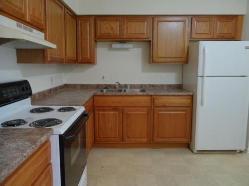 White Oaks Apartments Photo 1