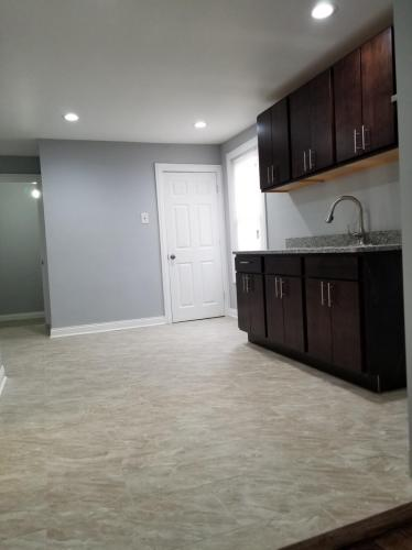 6827 S Artesian Avenue #COACH HOUSE Photo 1