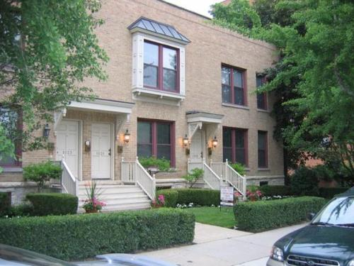 1023 Emerson Street #2 Photo 1