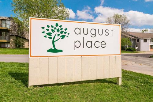 August Place Apartments Photo 1