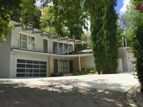4620 Balboa Ave Photo 1