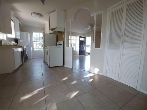 1803 Forest Hill Drive Photo 1