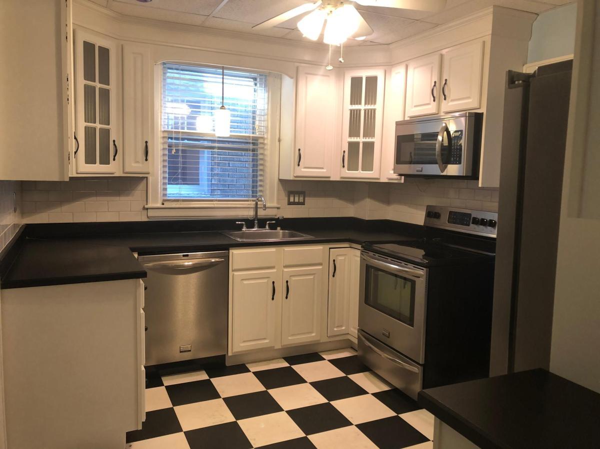 643 12th Avenue, Huntington, WV 25701 | HotPads