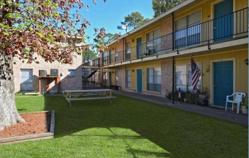 Mirabella Apartments Photo 1