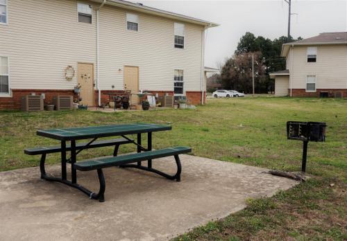 Wilburton Village Apartments Photo 1