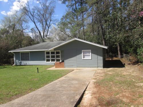 411 Hodges Street Photo 1