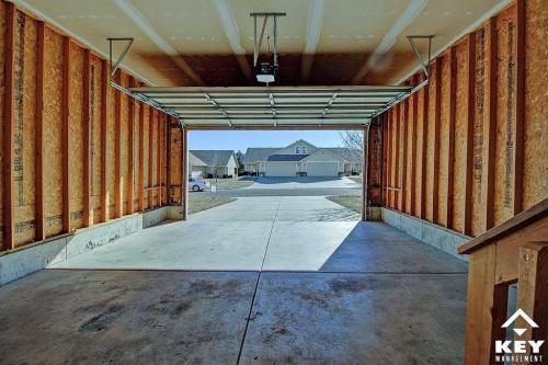 Pineridge Duplexes Photo 1