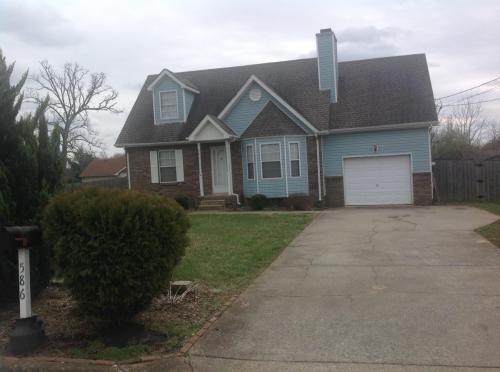 Oakmont Drive Photo 1
