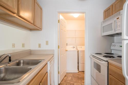 Cary Belvidere Apartments Photo 1